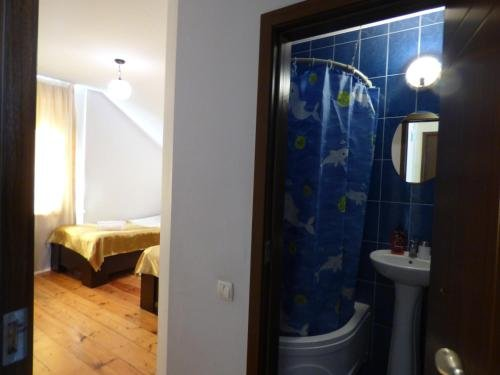 Anano Guest House - фото 10