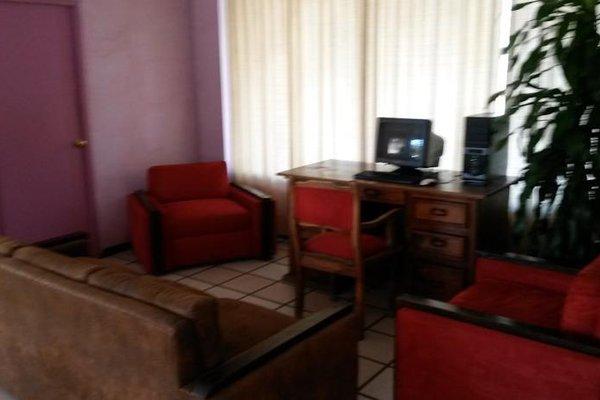 Hotel Los Arcos - фото 9