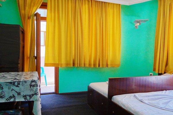 Hostel Zebra - фото 4