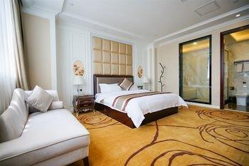 Winner Hotel - фото 1