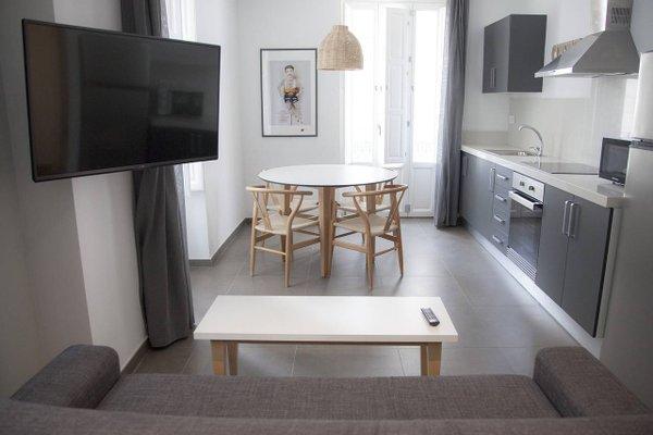 HolaStays Soho Suites - фото 3