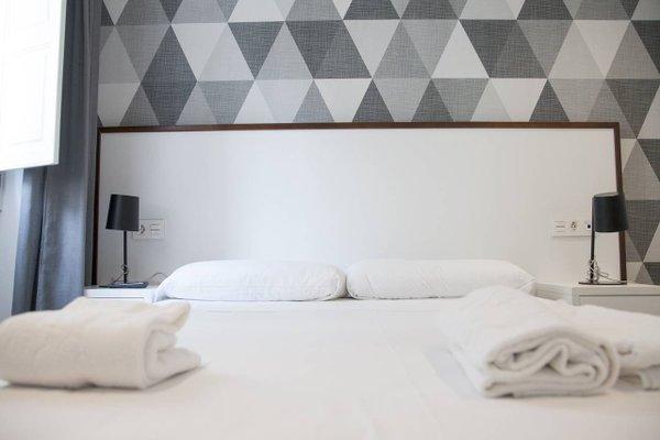 HolaStays Soho Suites - фото 9