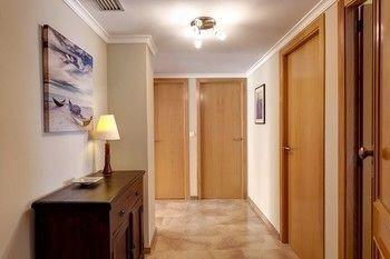 Residencial El Castell Apartment - фото 8