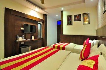 Check In Room Main Bazar - фото 15