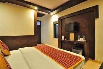 Check In Room Main Bazar - фото 2