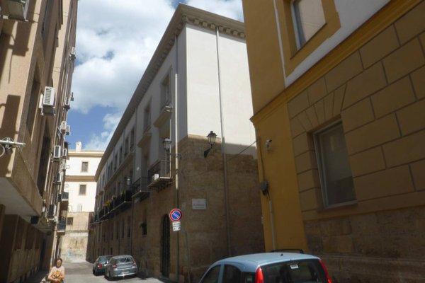 Appartamento in Palazzo Lampedusa - фото 1