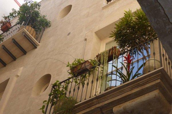 Appartamento in Palazzo Lampedusa - фото 21
