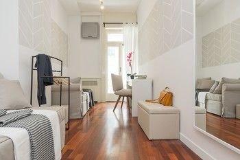 Fashion District Apartment - фото 8