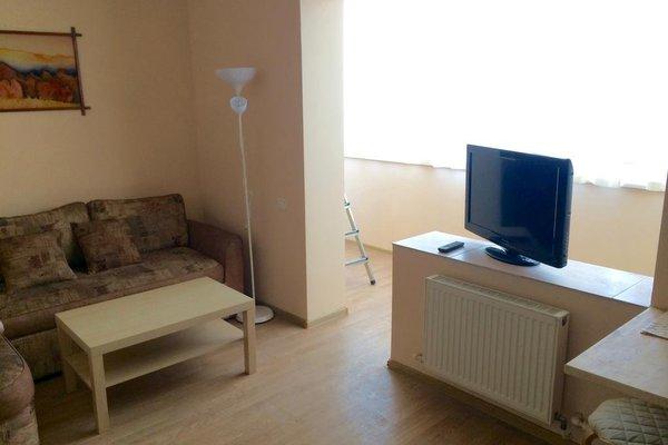 Apartment on Kati solov'janovoj 128 - фото 2