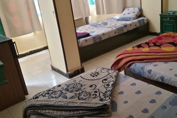 Queen Hostel - фото 4