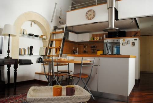 Sunny Apartment Cagliari - фото 11