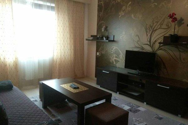 Apartment on Rokosovskogo 1B - фото 2