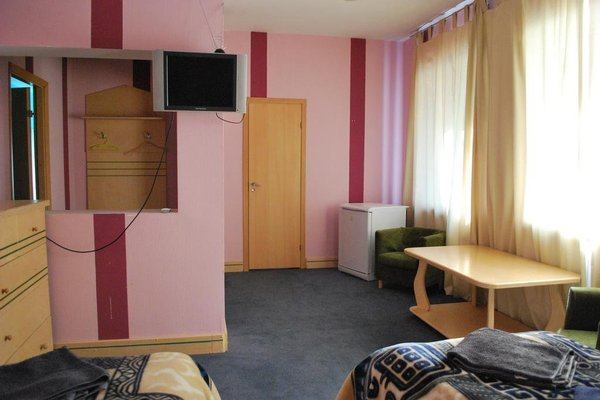 Yakkimaa Hotel - фото 2