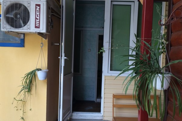 Apartment Krymskaya 138 - фото 16