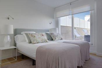 Gladys Attic Apartment by FeelFree Rentals - фото 1