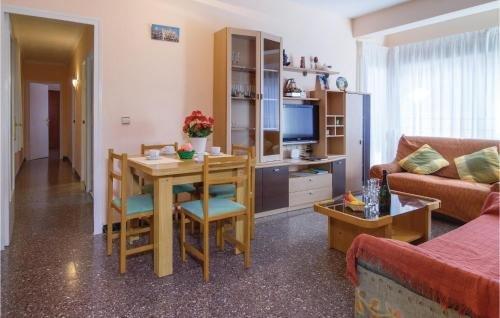 Apartment Pineda de Mar with Sea View I - фото 3