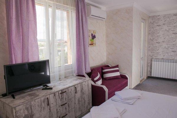 Family Hotel Provence - фото 4
