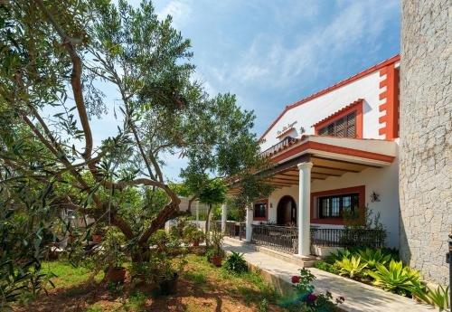 Four-Bedroom Holiday home in Santa Eulalia del Rio II - фото 2