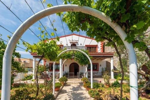 Four-Bedroom Holiday home in Santa Eulalia del Rio II - фото 5