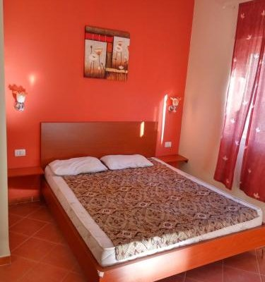 Aldom Apartments - фото 10
