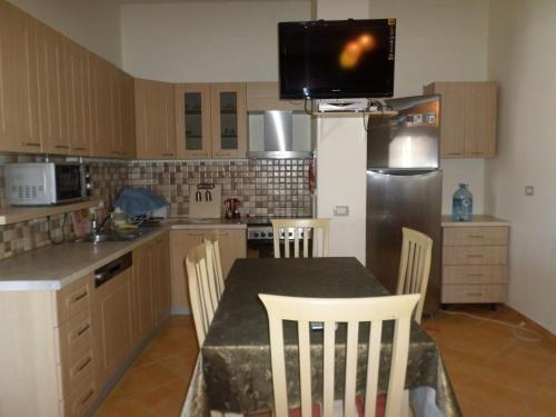 Aldom Apartments - фото 2