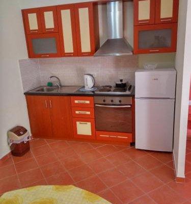 Aldom Apartments - фото 9