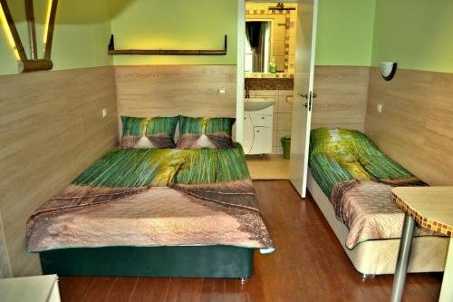 Bamboo Guest House - фото 4