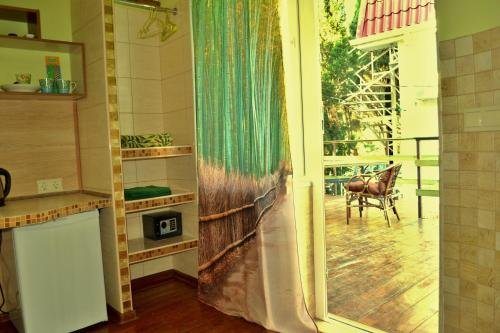 Bamboo Guest House - фото 6