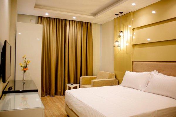 Hotel Luxury - фото 1