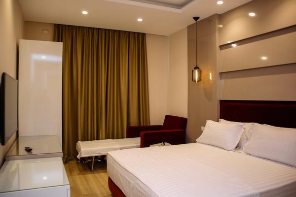 Hotel Luxury - фото 2