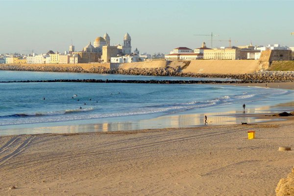 Cadiz Experience - Playa Santa Maria del Mar - фото 1