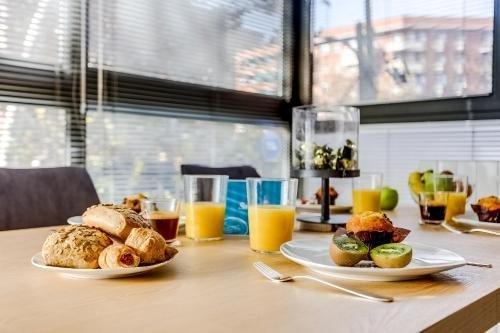 Sweet Inn Apartments - Sagrada Familia Design - фото 11