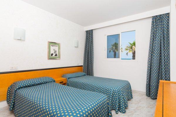 Apartamentos Ses Roquetes - фото 1
