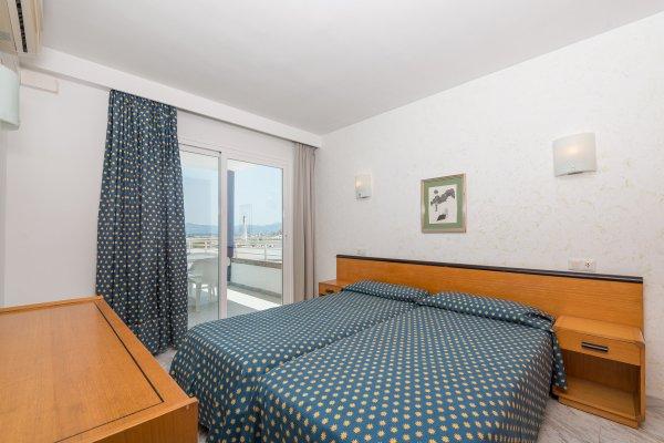 Apartamentos Ses Roquetes - фото 2