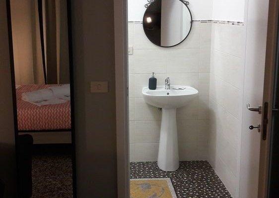 Check-Inn Rooms 19 - фото 5