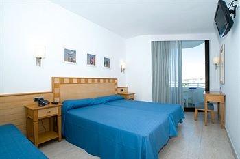 Stil Victoria Playa Hotel Menorca Island - фото 1