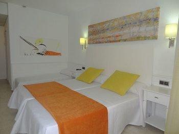 Stil Victoria Playa Hotel Menorca Island - фото 3