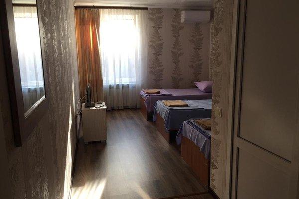 Prestige Hotel - фото 3
