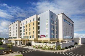 Photo of Hampton Inn & Suites Oahu/Kapolei, HI - FREE Breakfast