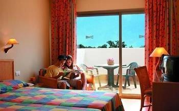 ATH Roquetas de Mar Hotel Almeria - фото 2