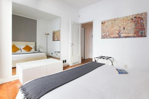 Duomo Vittorio Emanuele Terrace Apartment - фото 2
