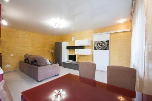 Apartment on Diktaturi Proletariata - фото 16