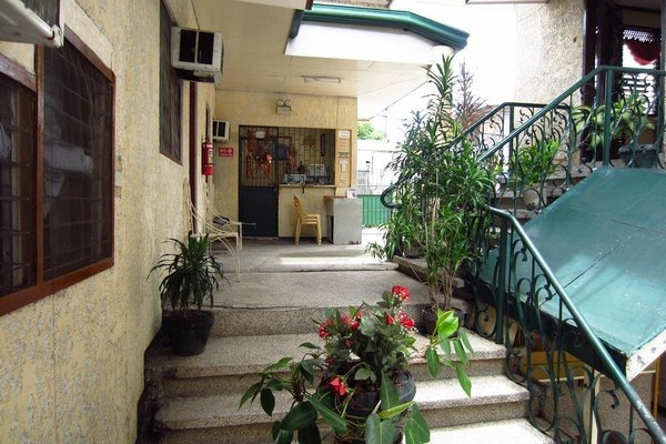 The Seven Archangels Pension House - фото 4