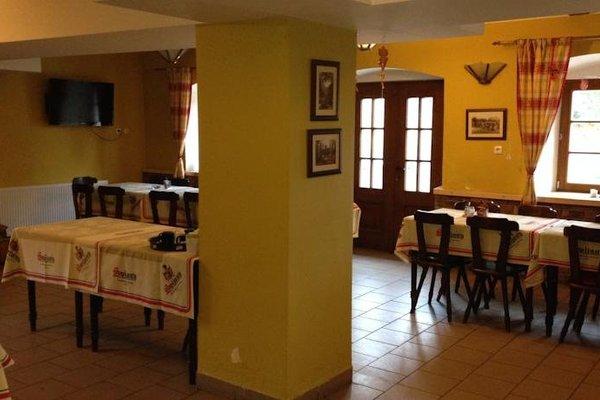 Гостиница «Rual», Клатови