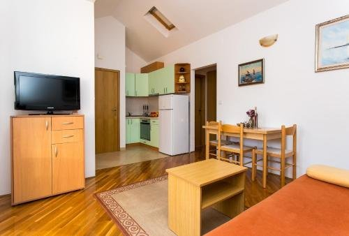Apartments Miramare & Campara - фото 4