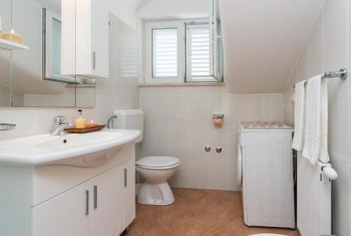 Apartments Miramare & Campara - фото 8