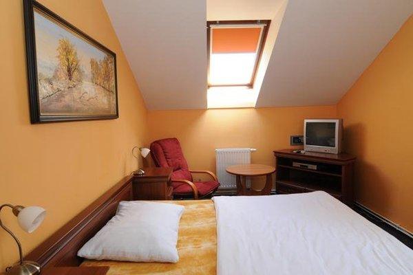 Hotel Bat - фото 2