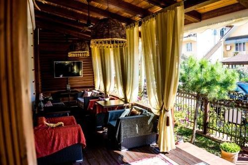 Zhemchug Village Mini-hotel - фото 1