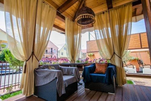 Zhemchug Village Mini-hotel - фото 2