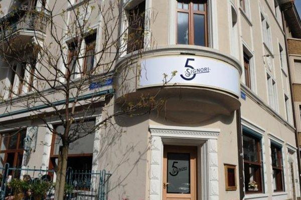 Guesthouse 5 Signori, Базель